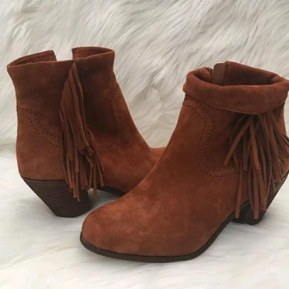 9270601a78a16 Sam Edelman Cognac Suede Louie Ankle Boots. M 5abfa75b46aa7c91b64c1895